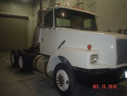 Bass Annie Boats Boat RV Semi Truck Paint and Body Memphis